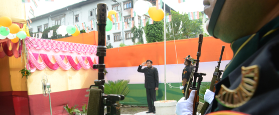 Consul General unfurls the National Flag of India on the Independence Day 2017